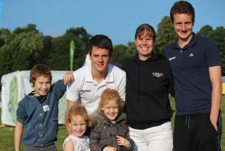 Amanda & family and Brownlees pic